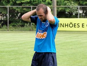 roger montillo cruzeiro treino (Foto: Fernando Martins / Globoesporte.com)
