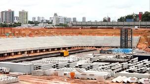 As obras da Arena da Amazônia estão com 33% concluídas (Foto: Anderson Silva/GLOBOESPORTE.COM)