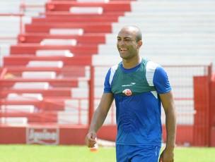 Ronaldo Conceição - Náutico (Foto: Aldo Carneiro)