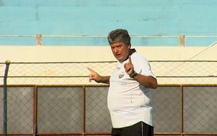 Geninho, técnico do Comercial (Foto: Reprodução EPTV)