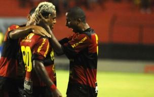 Marcelinho Paraíba - Willians - Sport (Foto: Aldo Carneiro)