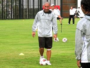 Orteman no treino do Olímpia em General Severiano (Foto: Thales Soares / Globoesporte.com)