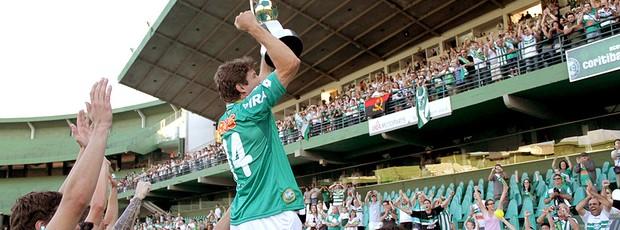 Tcheco campeão com o Coritiba (Foto: Ag. Estado)