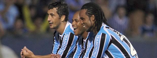 Comeração gol do Grêmio (Foto: Reuters)