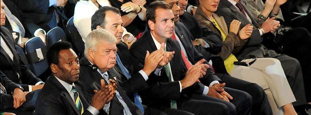 ricardo teixeira pelé eduardo paes sergio cabral sorteio da copa do mundo 2014 (Foto: André Durão / Globoesporte.com)