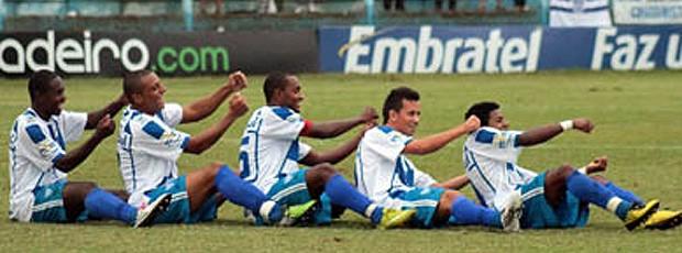 comemoração jogadores cruzeiro-rs (Foto: Blog do Campelo)