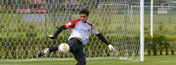 Denis será o goleiro na partida contra o Botafogo (Foto: Site oficial do São Paulo FC)