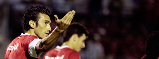 Dátolo gol Internacional (Foto: Wesley Santos / Ag. Estado)