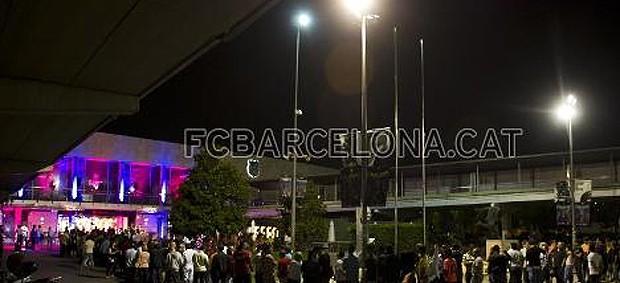 loja camisas barcelona (Foto: Alex Caparros / FC Barcelona)