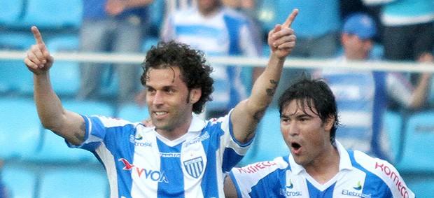 Lincoln gol Avaí (Foto: Ag. Estado)