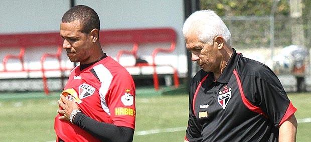 Luis Fabiano e Leão no treino do São Paulo (Foto: João Neto / VIPCOMM)