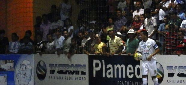 Deivinho foi o dono da bola com três gols (Foto: Vieira Neto/Divulgação)