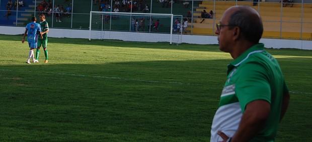 Neto Maradona, técnico do Sousa (Foto: Rammom Monte)