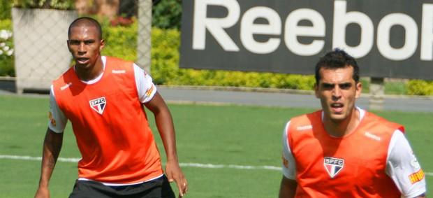 Paulo Miranda e Rhodolfo, do São Paulo (Foto: Anderson Rodrigues / globoesporte.com)