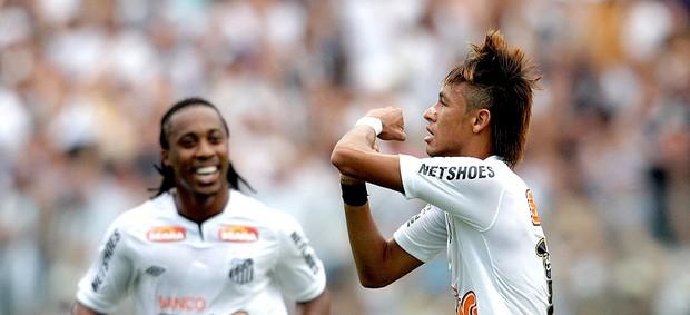 Neymar santos gol ponte preta (Foto: Ernesto Rodrigues / Globoesporte.com)