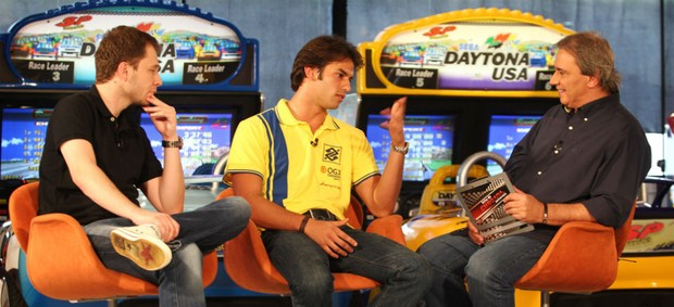 Thiago Leifert, Felipe Nasr e Reginaldo Leme no Linha de Chegada (Foto: Divulga&#231;&#227;o)