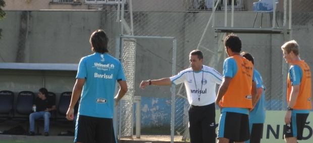 grêmio treino olímpico luxemburgo (Foto: Tomás Hammes/Globoesporte.com)