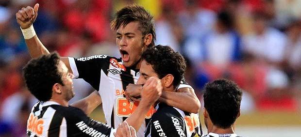 ganso neymar santos ibson juan gol juan aurich libertadores (Foto: Agência Reuters)