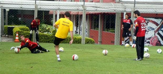 Rogério Ceni em ação no treino (Foto: Site Oficial do São Paulo FC)
