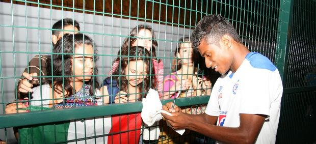 Maranhão Cruz Azul (Foto: Anderson Rodrigues / globoesporte.com)