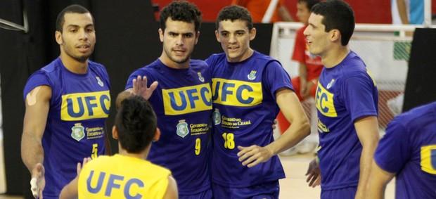 Canoa x UFC pela Liga B (Foto: Alexandre Arruda/CBV)
