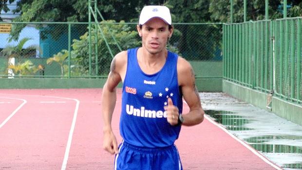 Frank Caldeira no último treino antes da corrida de São Silvestre (Foto: Tarcísio Badaró / GLOBOESPORTE.COM)