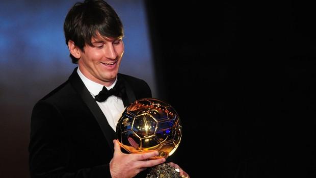 Bola de Ouro Messi (Foto: AFP)