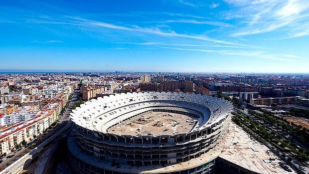 estádio Mestalla em obras (Foto: Getty Images)