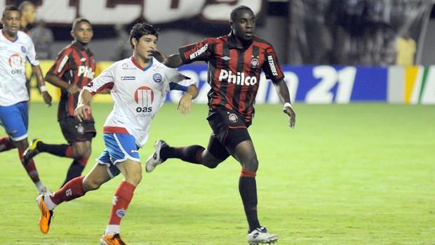 Bahia x Atlético-PR (Foto: Agência Estado)