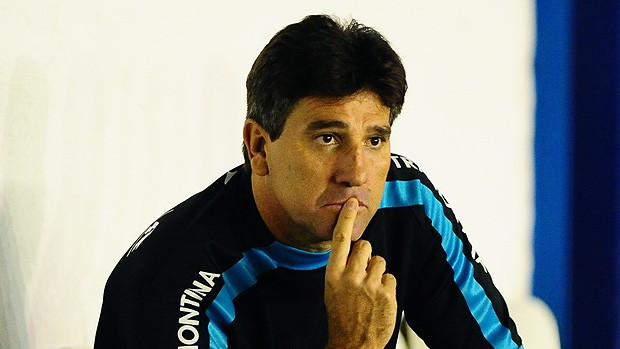 Renato Gaúcho admite dificuldade na Libertadores (RBS)