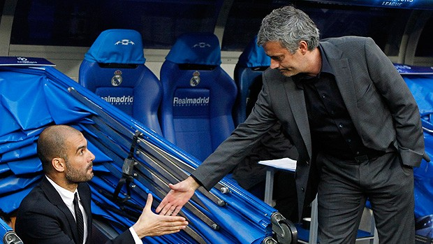 guardiola mourinho real madrid x barcelona (Foto: EFE)