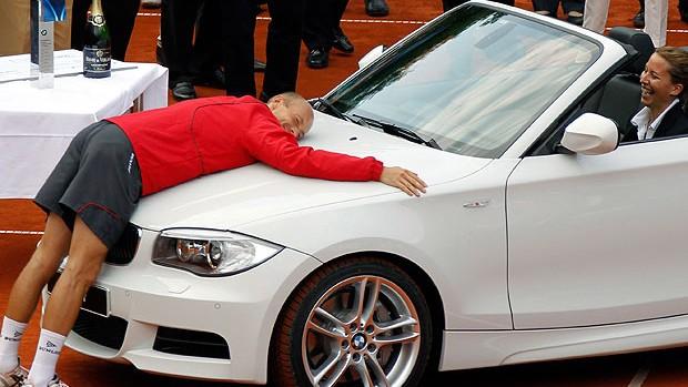 Nikolay Davydenko comemora título em Munique (Foto: Reuters)