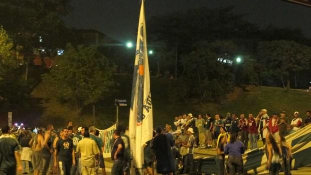 Protesto Palmeiras Pacaembu (Foto: Diego Ribeiro / GLOBOESPORTE.COM)