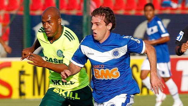 Montillo lamenta gols perdidos pelo Cruzeiro (Washington Alves / Vipcomm)
