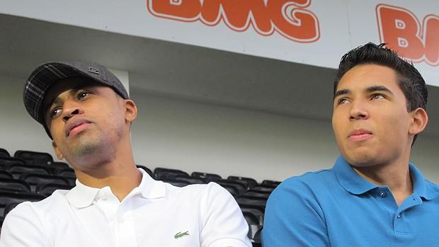 Douglas Piu  Gil Cebola santos (Foto: Adilson Barros/Globoesporte.com)