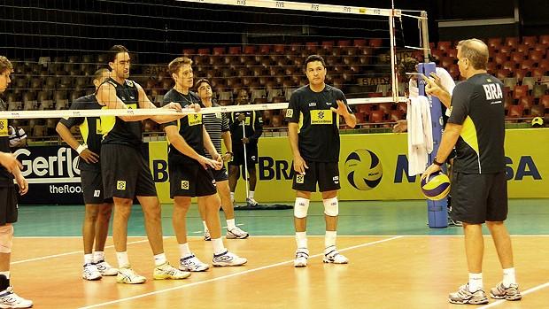 vôlei brasil treino (Foto: Valeska Silva / Globoesporte.com)