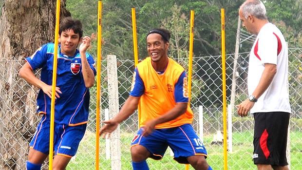 Ronaldinho Gaúcho no treino do Flamengo (Foto: Janir Junior / GLOBOESPORTE.COM)