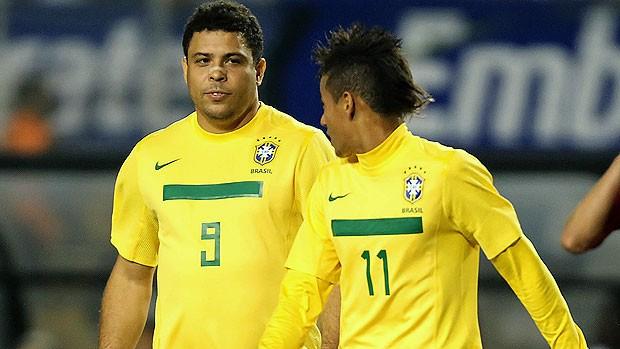Ronaldo Neymar Seleção (Foto: AFP)