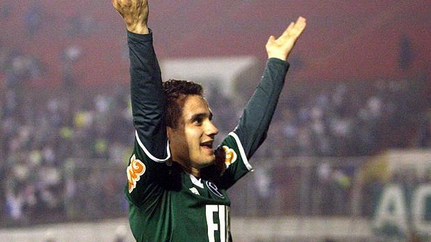 Maikon Leite comemora gol do Palmeiras contra o Atlético-GO (Foto: Ag. Estado)