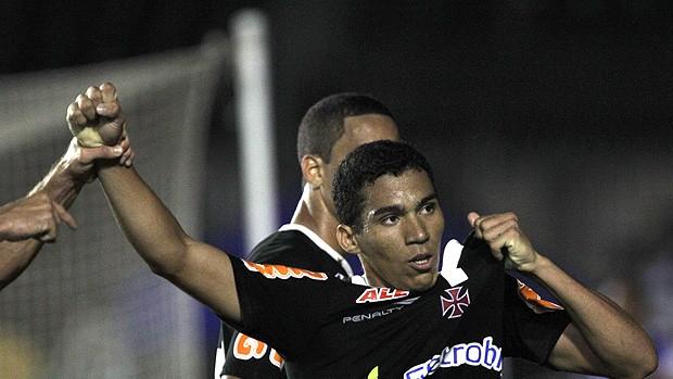 Alan gol Vasco (Foto: Cezar Loureiro / Agência o Globo)