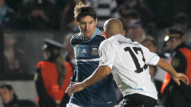 Messi Argentina x Uruguai (Foto: AP)