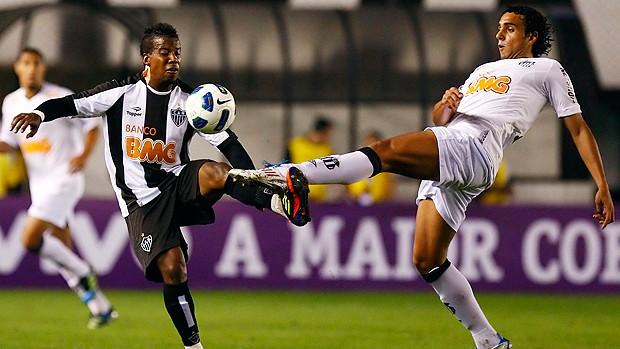 Oliveira Atlético-MG Diogo Santos (Foto: Ag. Estado)