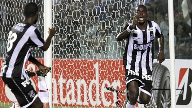 Marcelo Nicácio gol Ceará (Foto: Ag. Estado)