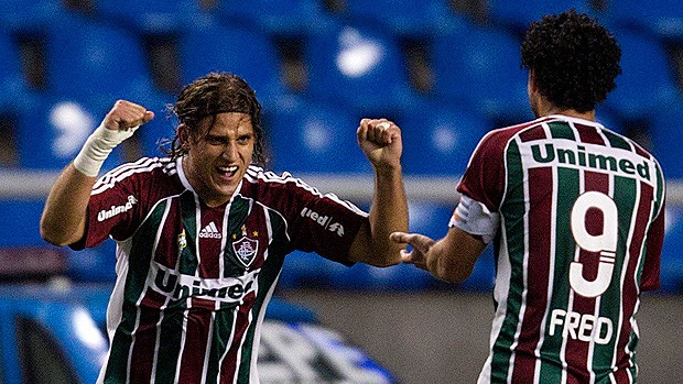 rafael moura vasco x fluminense (Foto: Alexandre Cassiano/Globo)