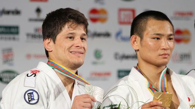 Brasileiro Leandro Cunha conquista medalha de prata no Mundial de judô (Foto: Marcio Rodrigues / FOTOCOM.NET)