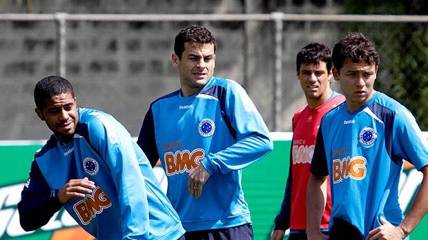 Reis, Bobo e Keirrison no treino (Foto: Washington Alves / VIPCOMM)