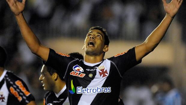 Diego Souza comemora gol do Vasco sobre o Grêmio (Foto: Alexandre Loureiro/Fotocom.net)