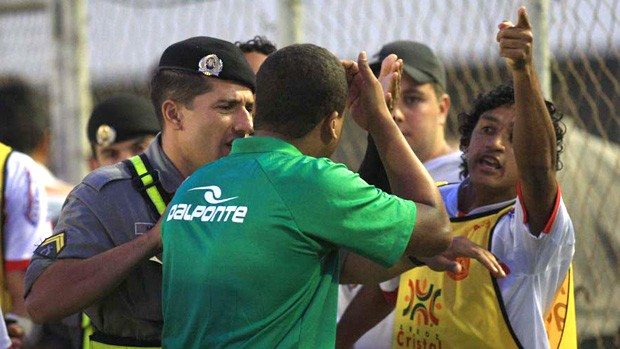 Foto de jogo Anapolina x Tocantinópolis (Foto: Mantovani Fernandes/O Popular)