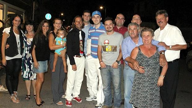 Robert Kubica flagrado por fã após noite de pôquer na Itália (Foto: Arquivo Pessoal)