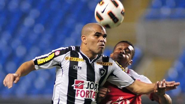 Alessandro, Botafogo x Santa Fé (Foto: Wallace Teixeira/Agência Estado)